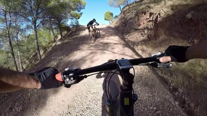Cómo pedalear eficientemente cuesta arriba