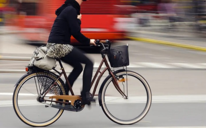 Cómo circular en la ciudad con bicicleta