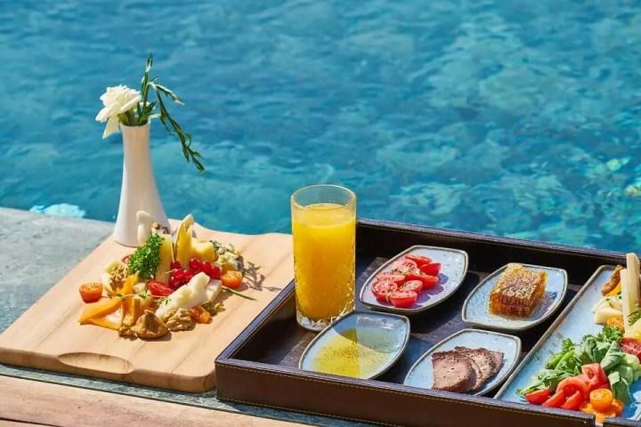 ¿Se puede comer antes de una sesión de natación?