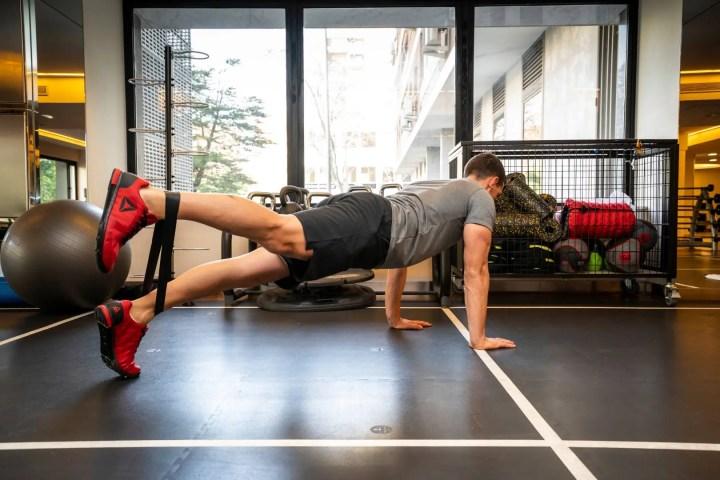 Variantes de planks más desafiantes