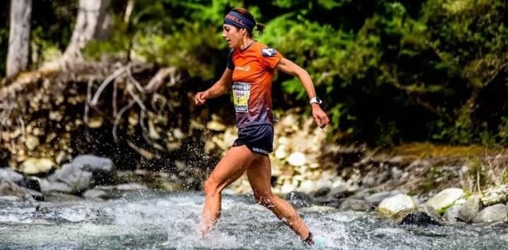 En una ultramaratón no se debe llevar mucho equipamiento