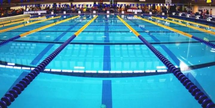 Riesgos de las cloraminas de la piscina de natación