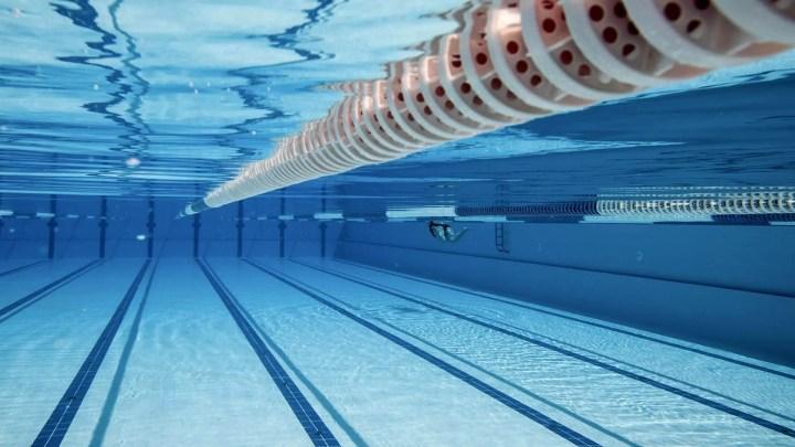 ¿Qué químicos se utilizan en las piscinas de natación?