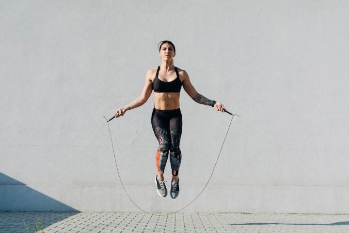 ¿Por qué incluir el salto a la cuerda en tu entrenamiento?