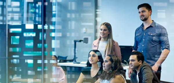 Why you should take online IT lessons to boost your earning potential in your career and business