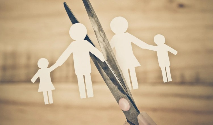 How a Divorce solicitor can help you prevent a divorce from impacting on your career negative