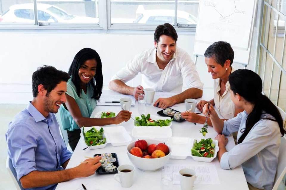 4 Façons de promouvoir la santé et de bien-être en milieu de travail