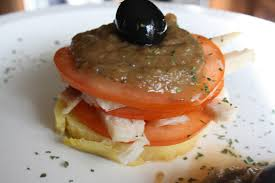 Milhojas con caviar de berenjena