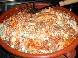 Cazuela griega de carne y pasta