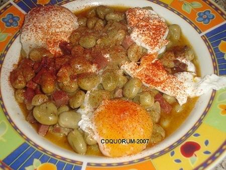 Huevos escalfados con ibéricos