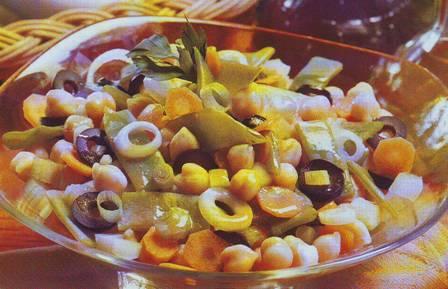 Ensalada de garbanzos y verduras