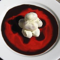 Deliciosas uvas bañadas en chocolate blanco