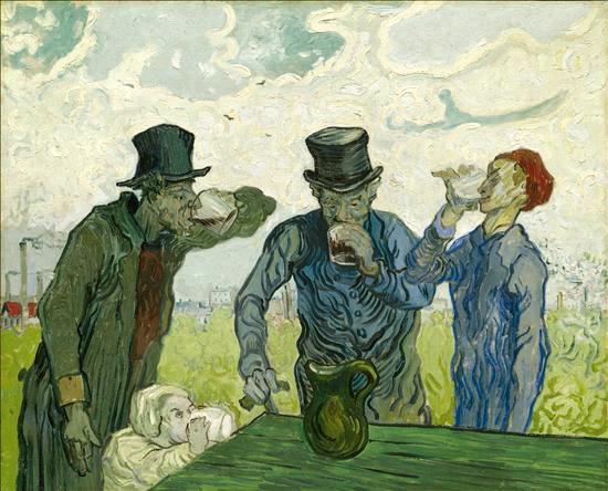 """Vincent Van Gogh (1853-1890): """"Bebedores"""". Con pincelada rápida y estilo próximo al impresionismo, ironiza plásticamente con estos cuatro personajes distintos, incluyendo un niño de corta edad, enfrascados en uno de los males de la sociedad, la bebida. Emplea el color brillante de la mesa, el amarillo del campo o el gorro rojo del obrero."""