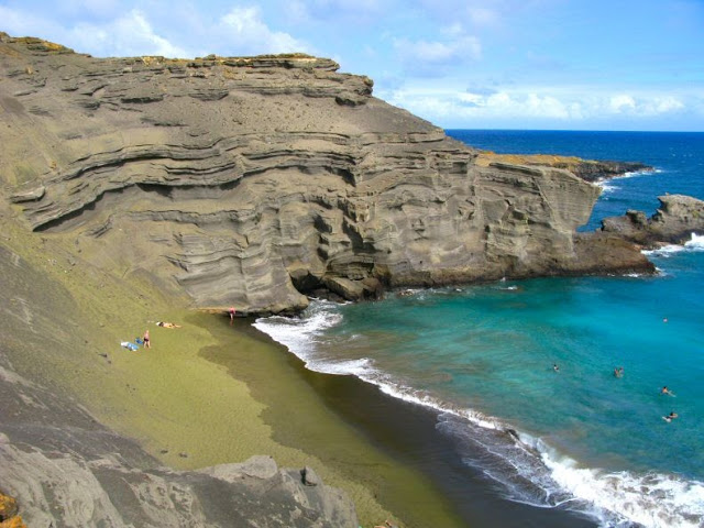 playa verde Papakolea Hawaii 3