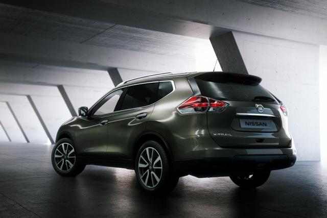 Nissan X-Trail VII 900x600@1x