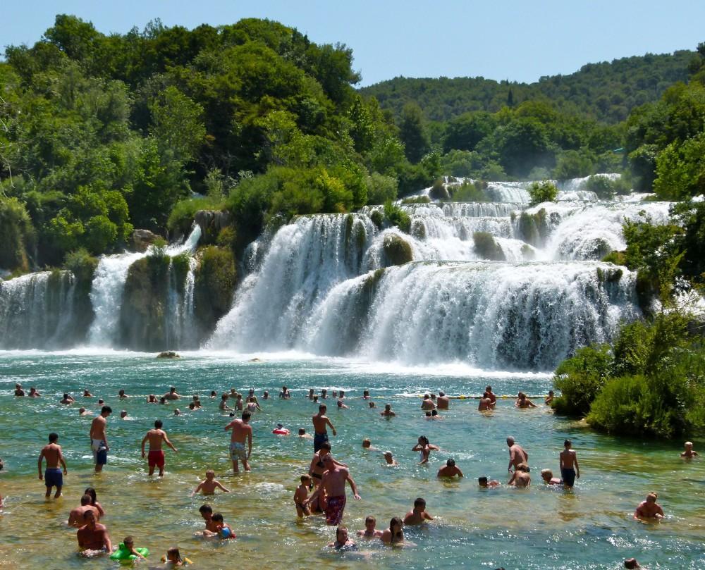 Cascadas y piscina del Parque Natural de Krka.
