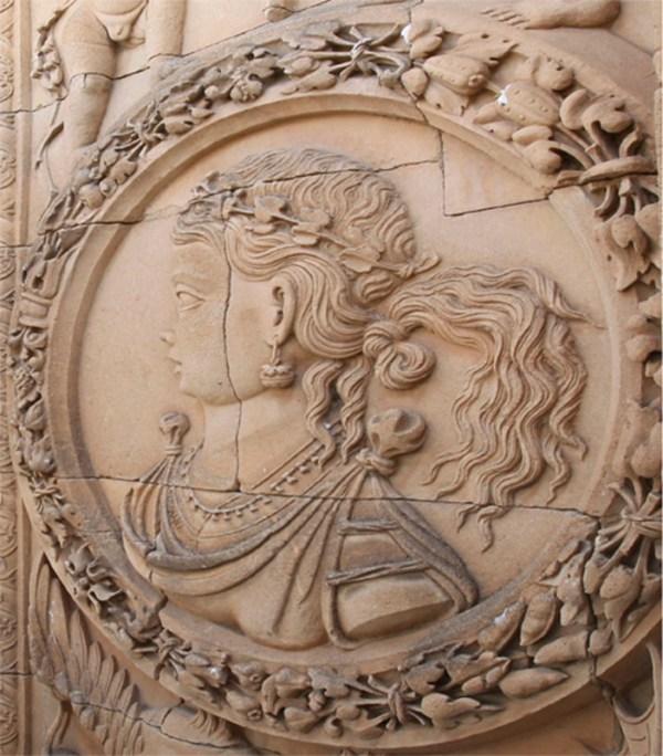 El-escultor-Juan-de-Talavera-fue-el-autor-de-la-fachada-de-la-Universidad-de-Salamanca_image800_