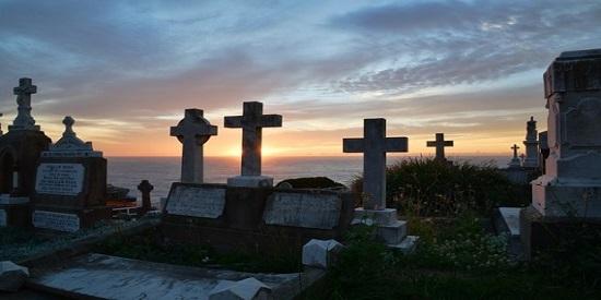 Cuál-es-el-origen-del-término-'cementerio'-620x413