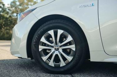 Corolla_Hybrid_001_993903E38CE32FE81CECB52514CAEB76856A0228
