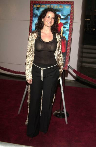Carla Gugino Pictures Photos Picture Gallery Hot Pics Carla Gugino Gossips at Entwagoncom