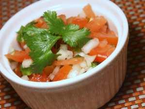 Pico de gallo para acompañar quesadillas y recetas mexicanas