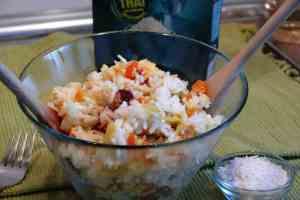El arroz nelba se preparar en media hora con thermomix. Los huevos revueltos le dan un toque buenísimo y con bacon crujiente es un plato completo