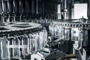 La SIDEL Super Combi inteligente aporta ingenio a la producción de hoy