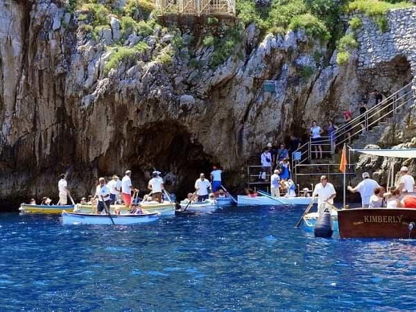 Gruta Azul (Grotta Azzurra) Isla de Capri, Italia
