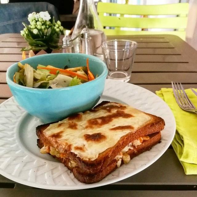 """Le croque végétal de """"Chez Végétayelle et Snack Vegan"""". Cette béchamel... :-D"""