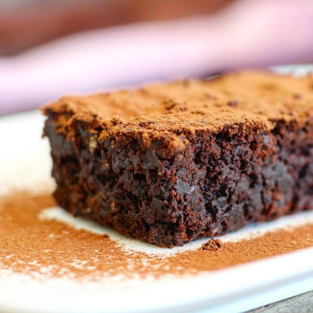 Brownie vegan et sans gluten aux haricots noirs