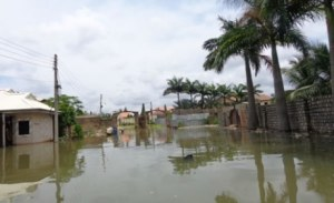 Flood: 5,000 homes submerged in Kogi, 370,000 homeless in Edo Flood 2 300x183