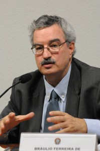 Braulio Ferreira de Souza Dias, Executive Secretary of the Convention on Biological Diversity, and Assistant Secretary-General of the United Nations  Human health benefits from protecting biodiversity, says report 2088 SRL 7339a BraulioFerreira Dias 25 10 11 199x300