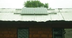 Solar Panels on rooftop of Bamdzeng village Health Center-photo Arison TAMFU (1)