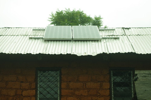 Solar panels on rooftop of Bamdzeng village Health Centre. Photo credit: Arison TAMFU
