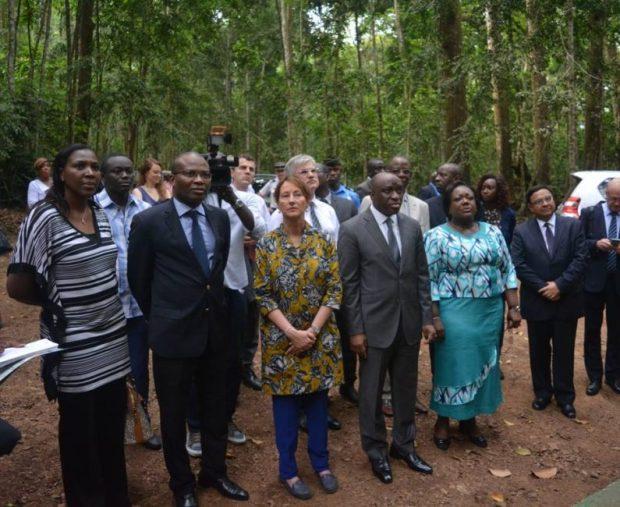 On a tour with government officials  Photos: Ségolène Royal visits Côte d'Ivoire 10269567 1078577728871181 7500353956413077672 n