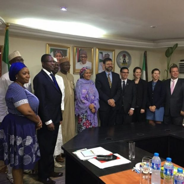 The envoy and his delegation with Nigerian officials in a group photograph  Images: US climate envoy, Pershing, in Nigeria Envoy5 e1473308425131