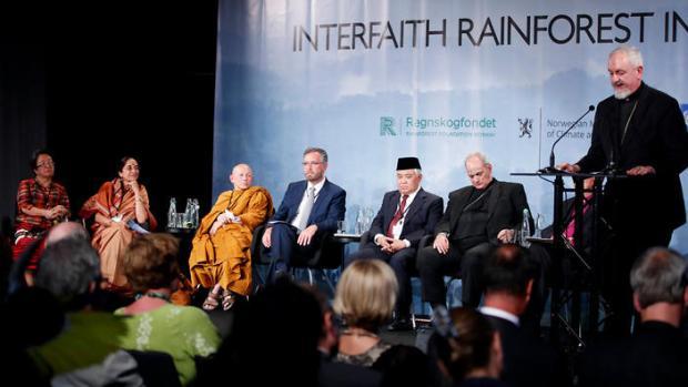 Interfaith Rainforest Initiative  Rainforests are at risk, warn faith leaders Interfaith Rainforest Initiative