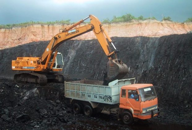 coal mining  It's time to finally free Africa from coal, say campaigners Coal Mining e1509029542526