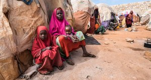 Displaced Somalians  Severe drought, conflict displaced 32,000 in Somalia in October – UN Somalia
