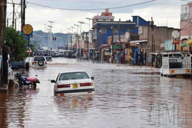 Uganda flood  Ugandan issues flood risk alert as rain season reaches peak level floods uganda e1525100686170