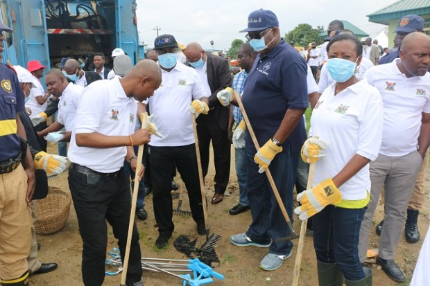 Ibeshe Waterfront  Images: Lagos cleans up Ibeshe waterfront IMG 0011