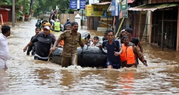 India flood  Over 60 dead, tens of thousands displaced as floods ravage India India