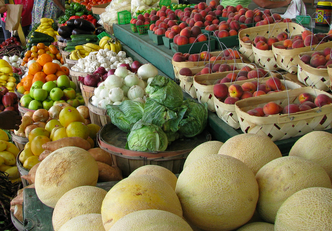 Shopping Tips for the Spring Farmer's Market