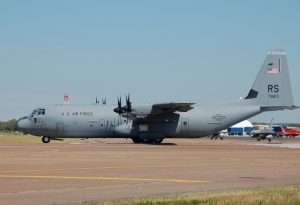 USAF_C-130J_Super_Hercules_at_RIAT_2010_arp