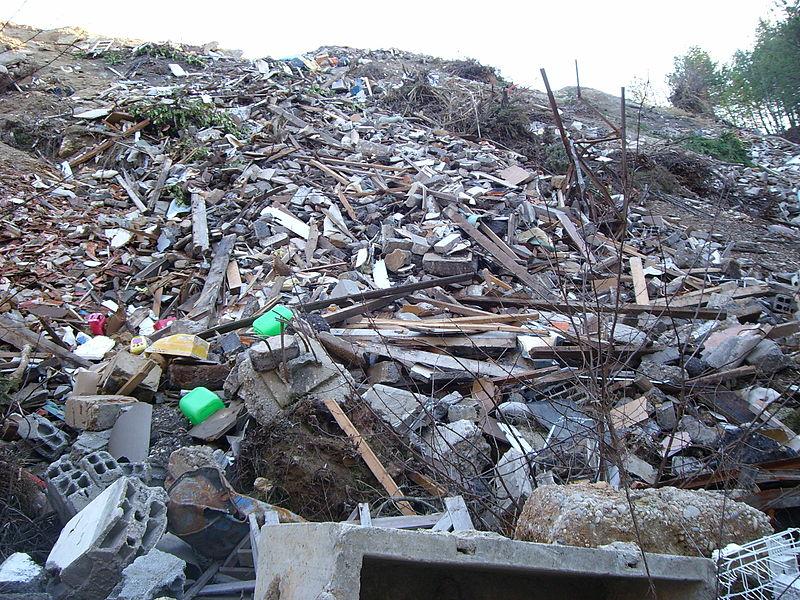 Déchets du BTP : les propositions de l'Unicem pour lutter contre les dépôts sauvages
