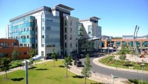 Peterborough_City_Hospital___Peterborough_and_Stamford_Hospitals_NHS_F_400