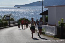 Foto Terza Tappa Salina - 17° Giro Podistico delle Isole Eolie - 40