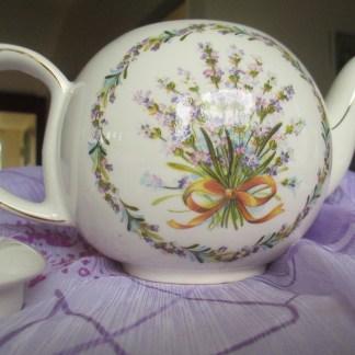 sadler vintage teapot 1943