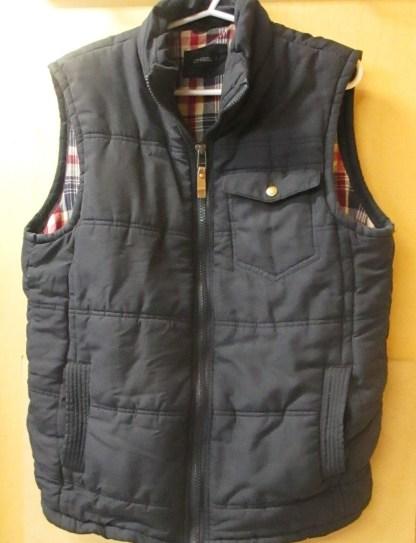 men chisel puff vest size L