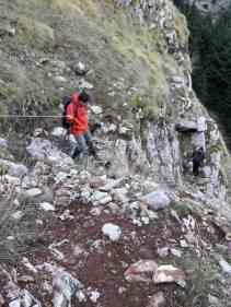 Δύσκολο πέρασμα στον Ερύμανθο, κατεβαίνοντας από την κορυφή